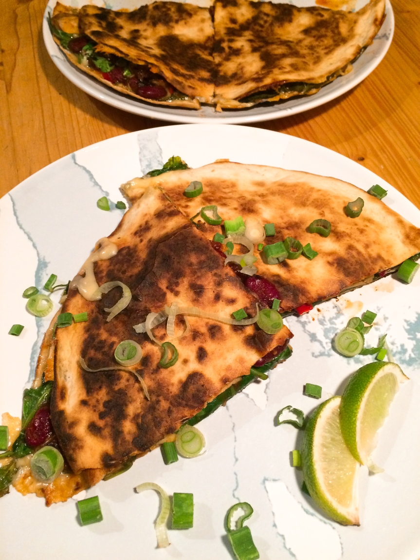 Quesadillas with spinach & beer beans (vegan or vegetarian)