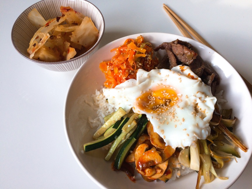 Easy bibimbap (vegan, vegetarian or with meat/fish)