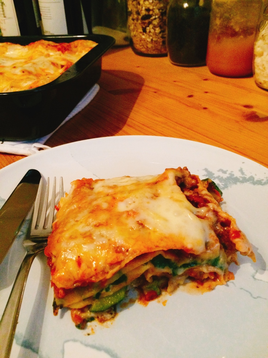 Weekend lasagne (vegan, vegetarian or with meat)